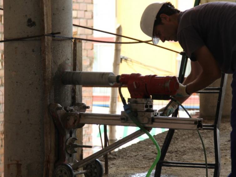 Diagnóstico de edificio en fase de ejecución. FUTURO TEATRO MUNICIPAL DE BOLLULLOS PAR DEL CONDADO. HUELVA.